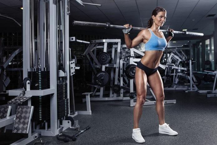 Jak schudnąć trenując na siłowni